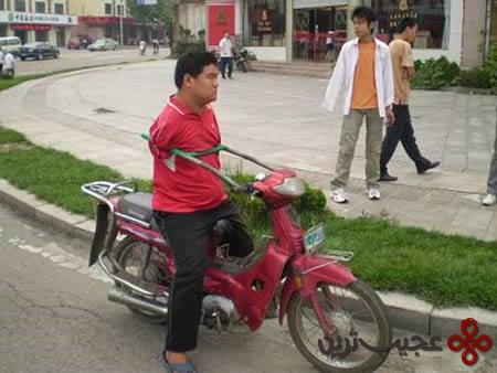 موتور-سوار-بی-دست