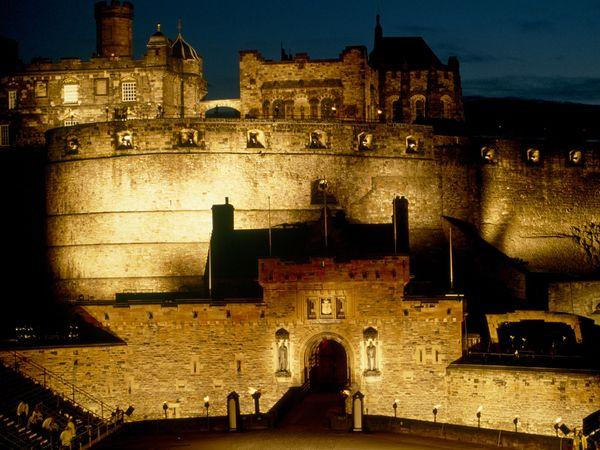 Cover-castles-edinburgh
