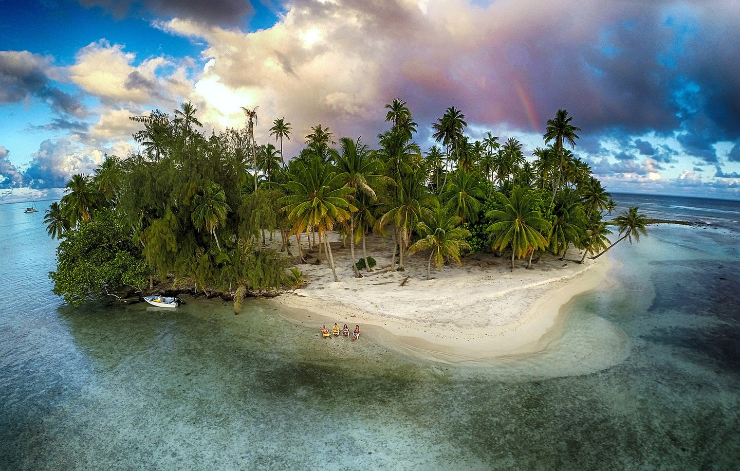 cover-Lost-island-by-marama-photo-video