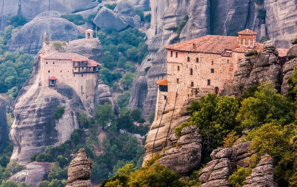 cover top 10 monasteries
