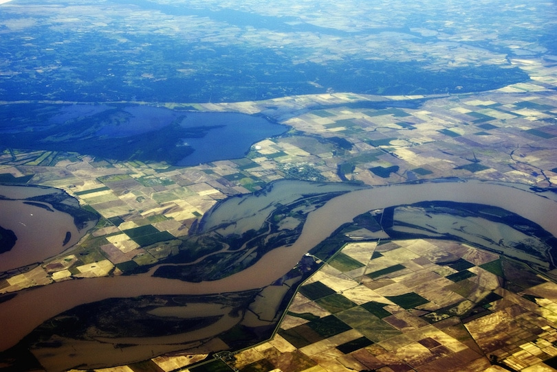 cover mississippi river