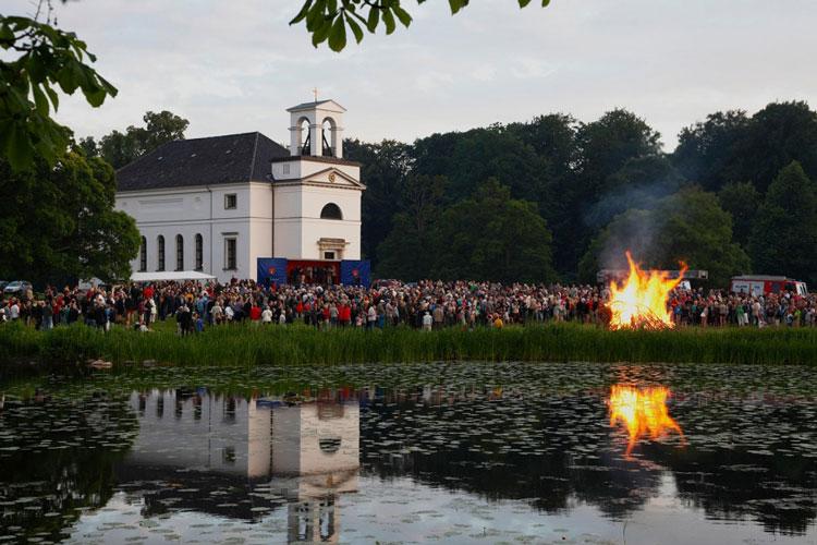 جشن در کلیسای کوپنهاگ، دانمارک