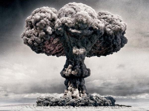 بمب اتمی 2