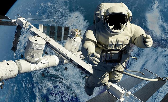 فضانورد 3